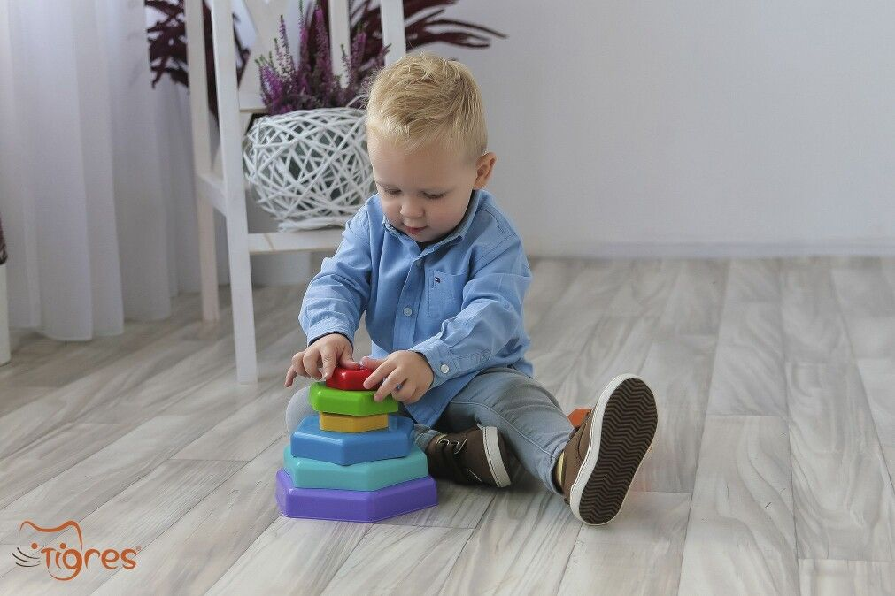 Photo - Is your baby coping with the stacking toys? – developmental norms of the one-year old baby