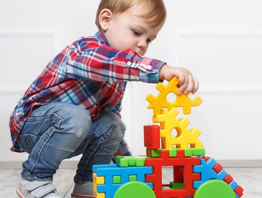 Фото -                                                                                                                  Гаджет или развивающая игрушка?