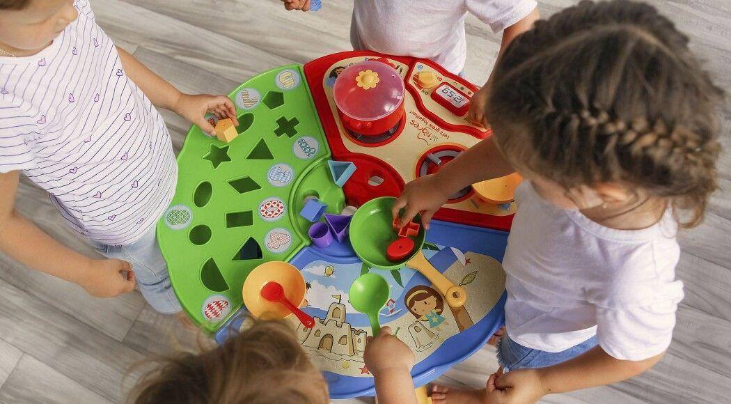 Фото - Розвиваючий столик  - подарунок на перший День Миколая