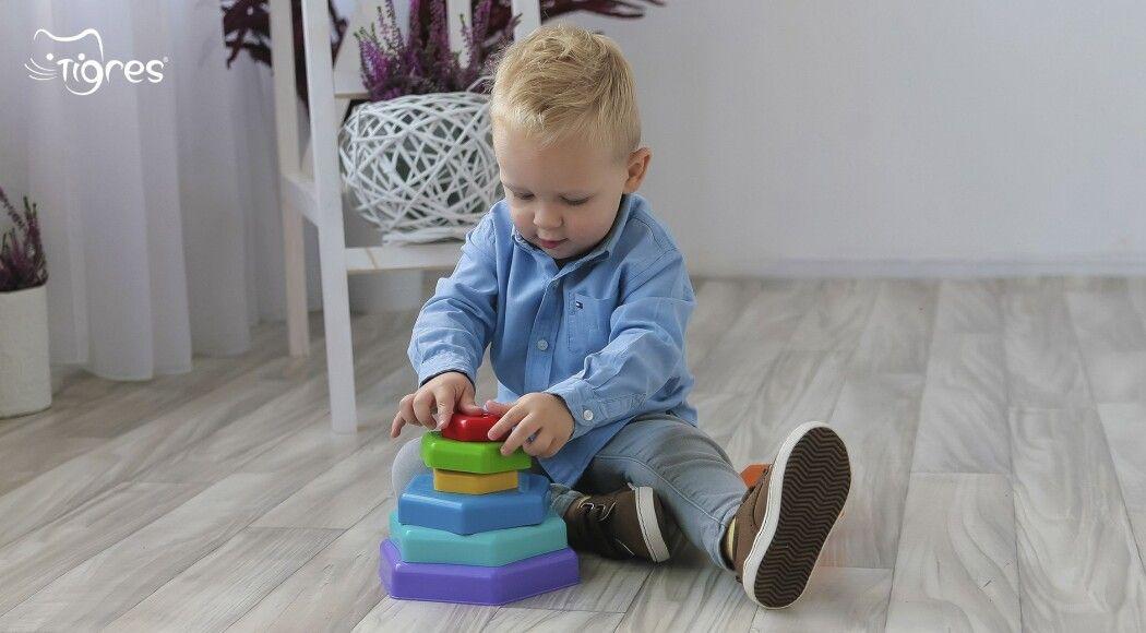 Фото - Яскраві іграшки: колір має значення!