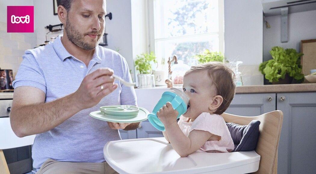 Фото -  Когда и что следует давать пить малышу