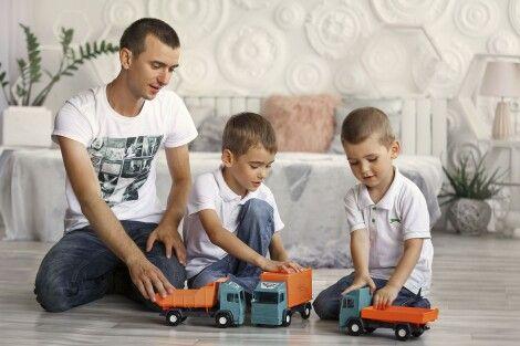 Фото - Витрачайте час на ігри, а гроші - на корисні іграшки. Це найкраща інвестиція у здоров'я ваших дітей!