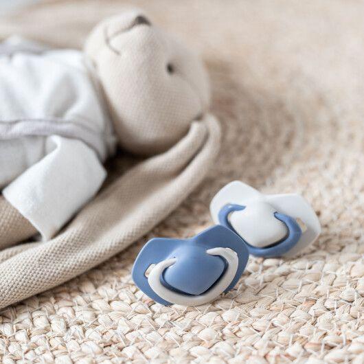 Canpol babies Пустушка силіконова симетрична 18+ м-ців 2 шт. Pure Color - синя - 9