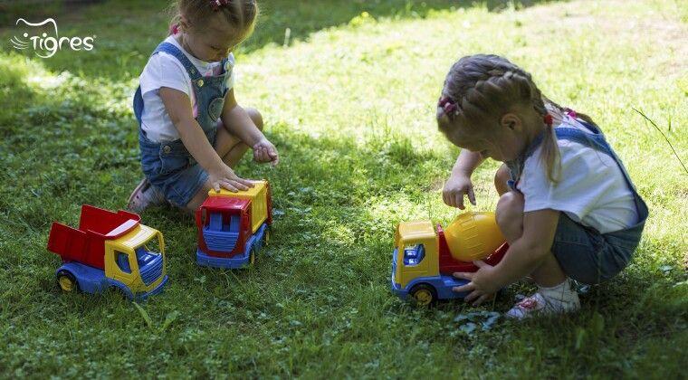 """Фото - Авто """"Tech Truck"""" - спецтранспорт для малят"""